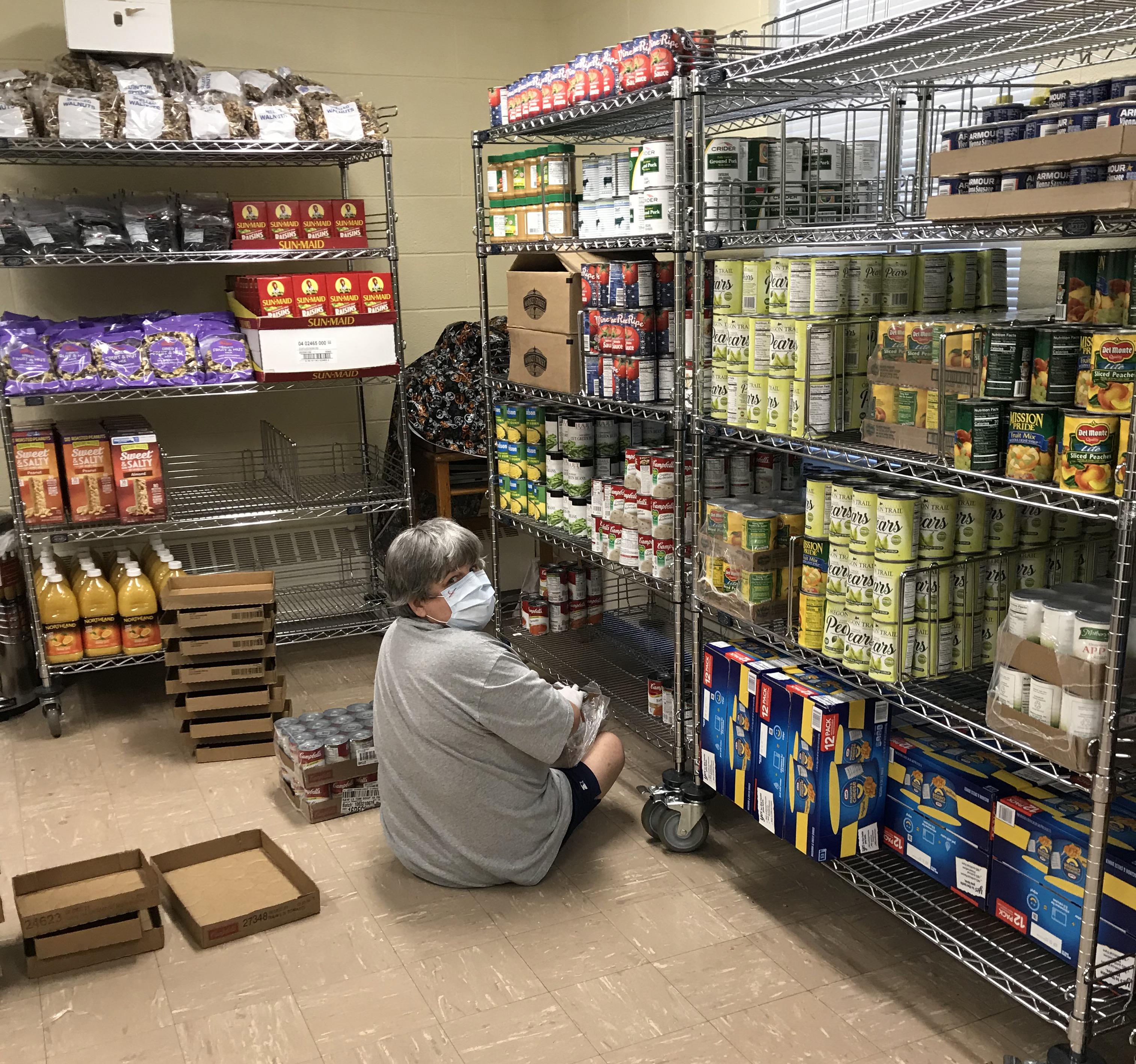 candice-stocking-shelves_35