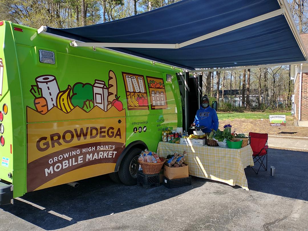 friendship-table-st-marys-high-point-growdega-food-market-web_263